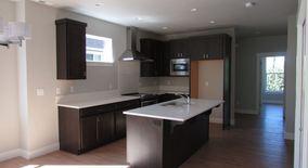 Similar Apartment at 4526 Se 41st