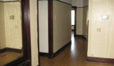 Similar Apartment at 1122 N 27th St