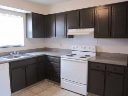 2 Bedrooms 2 Bathrooms Apartment for rent at Santa Fe Village in Kansas City, MO
