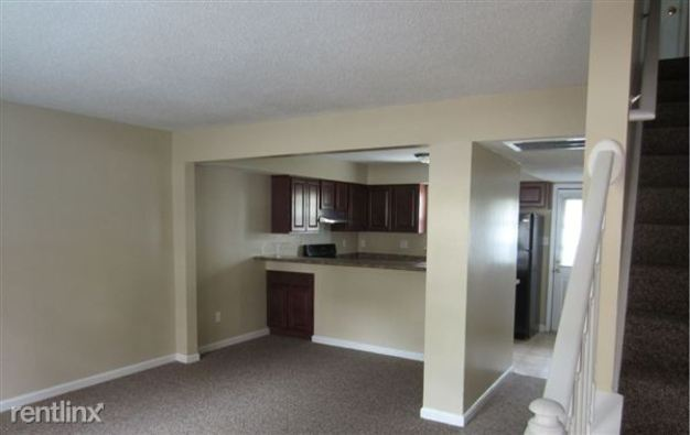 3 Bedrooms 1 Bathroom Apartment for rent at Stony Brook Apartments And Townhomes in Raleigh, NC