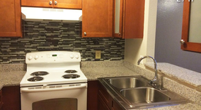 Similar Apartment at 400 W Saint Elmo Rd