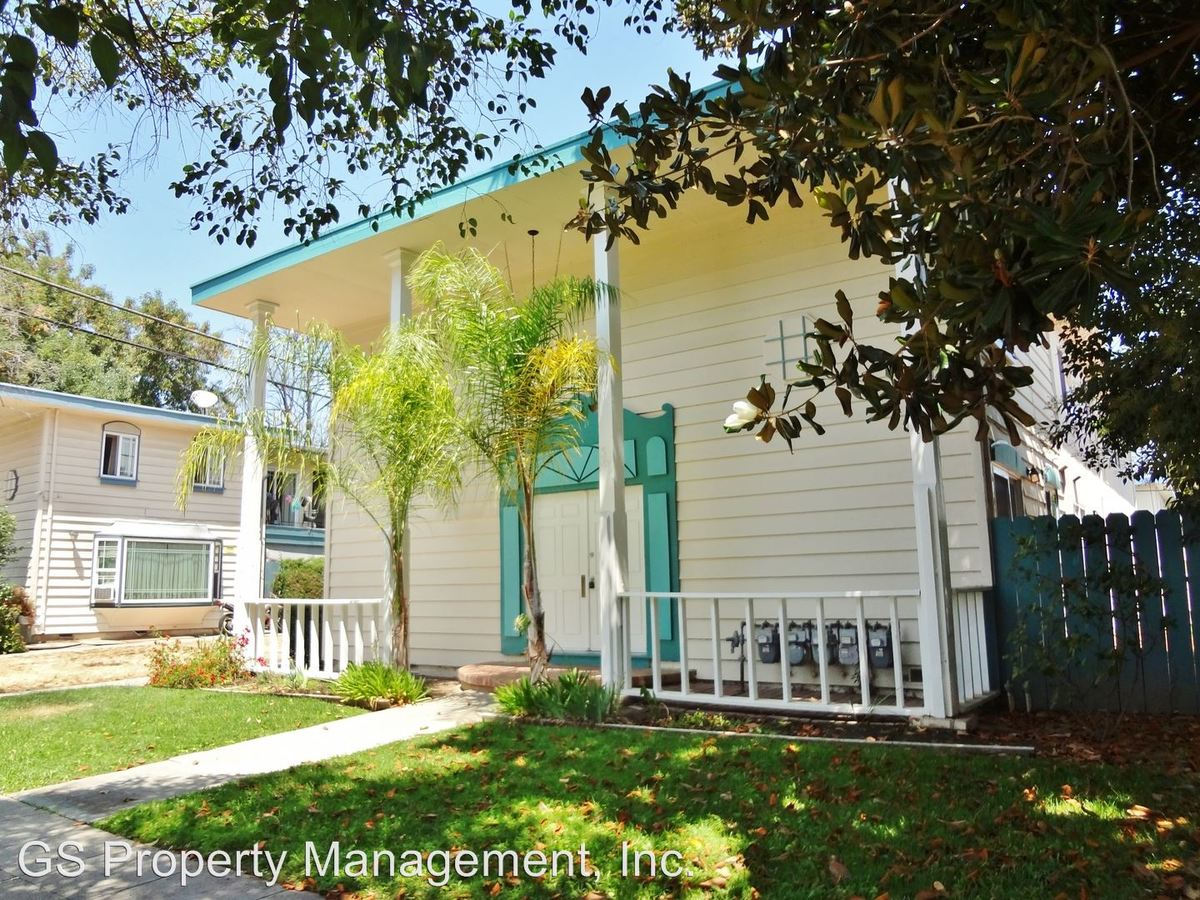 3 Bedrooms 2 Bathrooms Apartment for rent at 3691 Cape Cod Court in San Jose, CA
