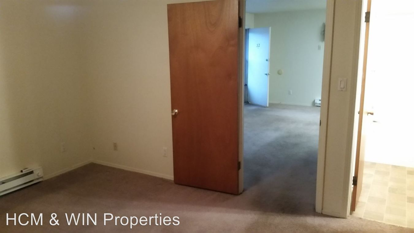 1 Bedroom 1 Bathroom Apartment for rent at 2875 S. 6th. Place #27 in Terre Haute, IN