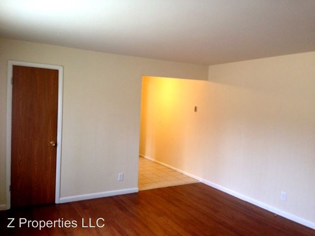 2 Bedrooms 1 Bathroom Apartment for rent at 4462 Fehr Rd. Apt 1 - 30 in Delhi Twp, OH
