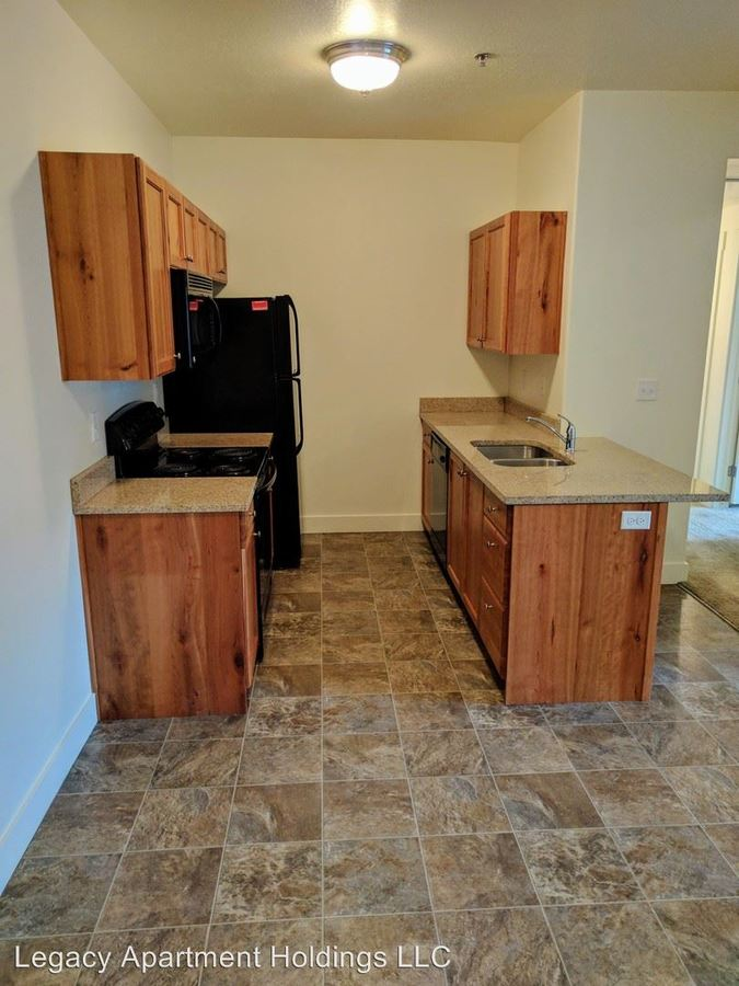 2 Bedrooms 1 Bathroom Apartment for rent at 1651 N 400 St in North Logan, UT