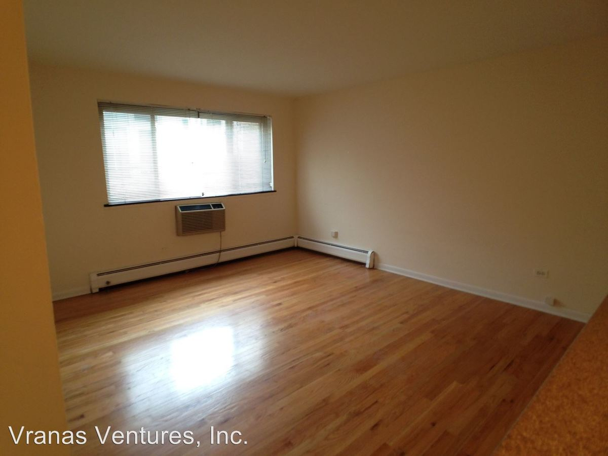 6758 N Sheridan Rd Chicago, IL Apartment for Rent
