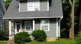 Similar Apartment at 2394 Neil Ave