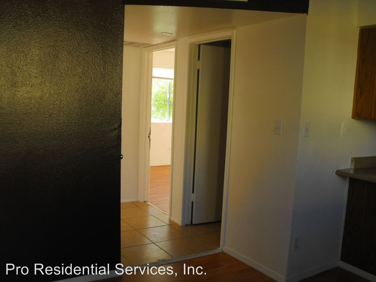 2 Bedrooms 1 Bathroom Apartment for rent at 9423 N. 17th Ave Attn: Leasing Office in Phoenix, AZ