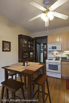 2 Bedrooms 1 Bathroom Apartment for rent at 2102 N. Sheffield in Chicago, IL