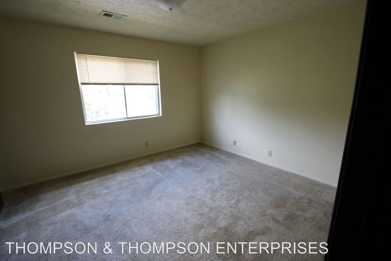 1 Bedroom 1 Bathroom Apartment for rent at 818 Lincoln Road in Bellevue, NE