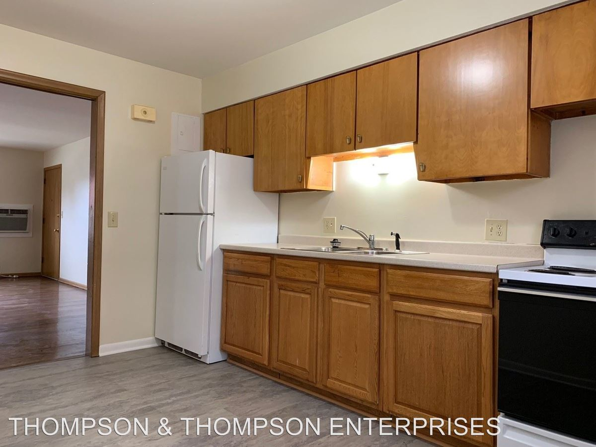 2 Bedrooms 1 Bathroom Apartment for rent at 4512 Bedford Avenue in Omaha, NE