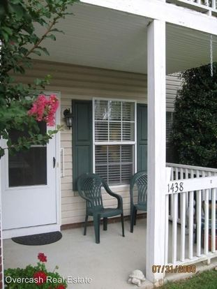 2 Bedrooms 2 Bathrooms Apartment for rent at 1400 Oak Pond Place Nw in Concord, NC