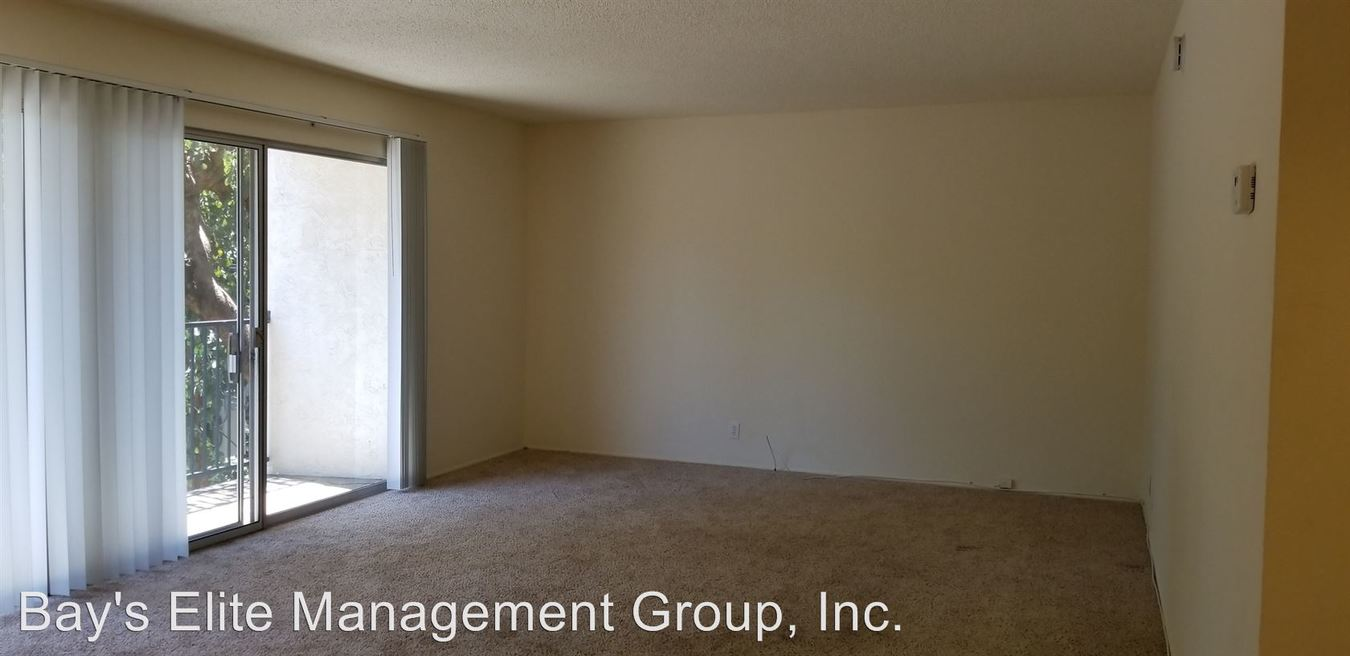 2 Bedrooms 1 Bathroom Apartment for rent at 1705 Carmel Drive in Walnut Creek, CA