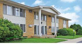 Similar Apartment at Villa Manor Apartments