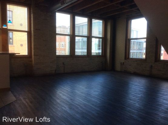 2 Bedrooms 1 Bathroom Apartment for rent at 249 N. Water Street in Milwaukee, WI