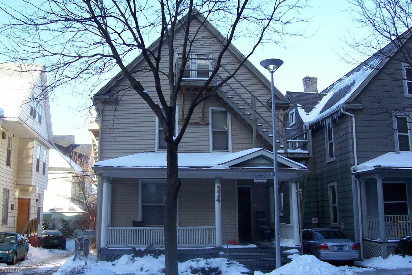 Studio 1 Bathroom Apartment for rent at 324 Thompson St in Ann Arbor, MI