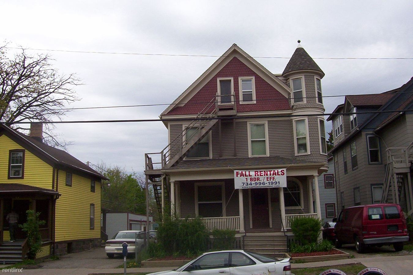 Studio 1 Bathroom House for rent at 804 Monroe St in Ann Arbor, MI