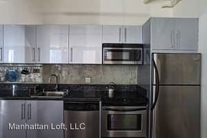 1 Bedroom 1 Bathroom Apartment for rent at 215 W. 6th St. in Los Angeles, CA