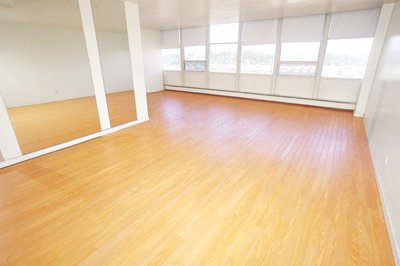 1 Bedroom 1 Bathroom Apartment for rent at Parklane in Pittsburgh, PA