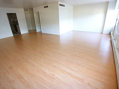 2 Bedrooms 1 Bathroom Apartment for rent at Parklane in Pittsburgh, PA