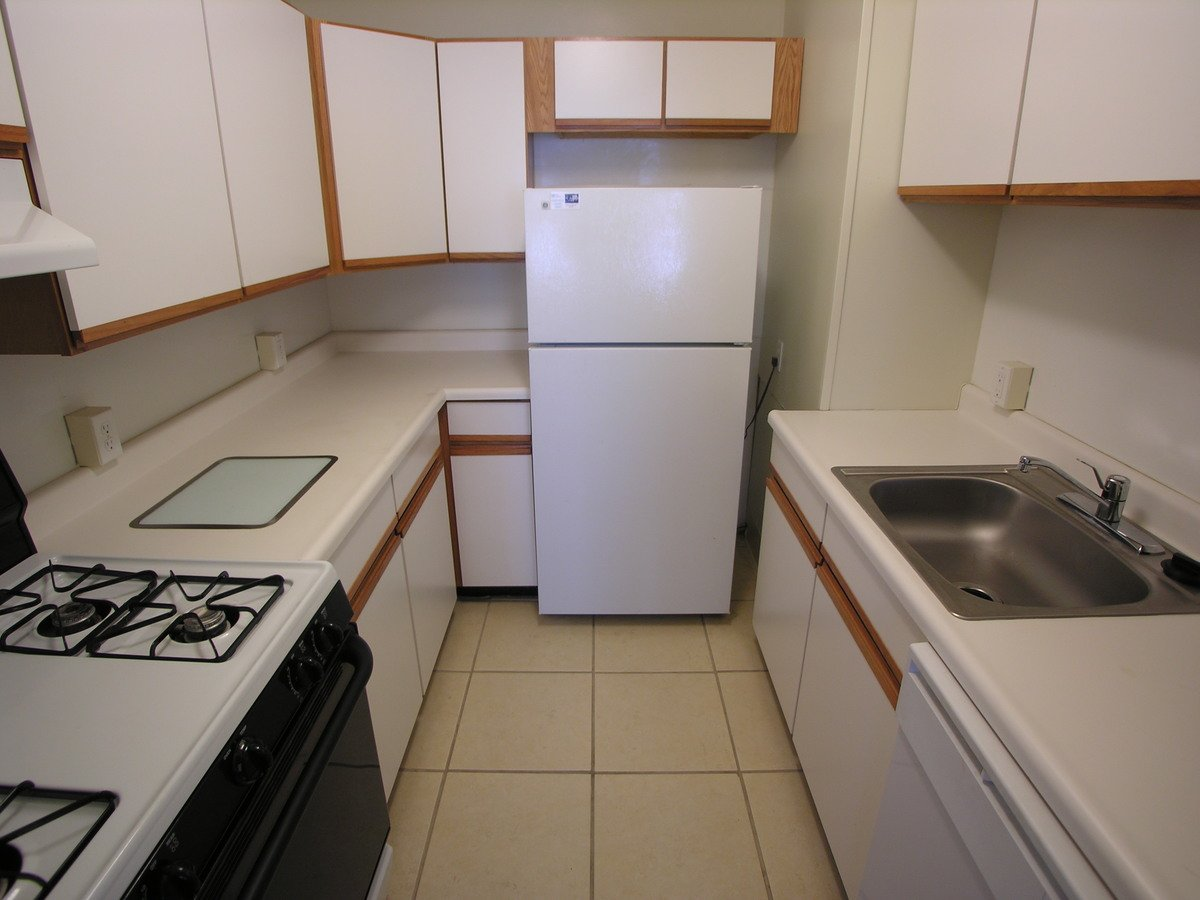1 Bedroom 1 Bathroom Apartment for rent at  Wendover Annex in Pittsburgh, PA
