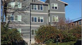 Similar Apartment at 716 Ne 42nd Street
