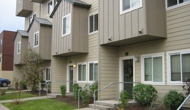 Town Homes On Alder Apartment for rent in Eugene, OR
