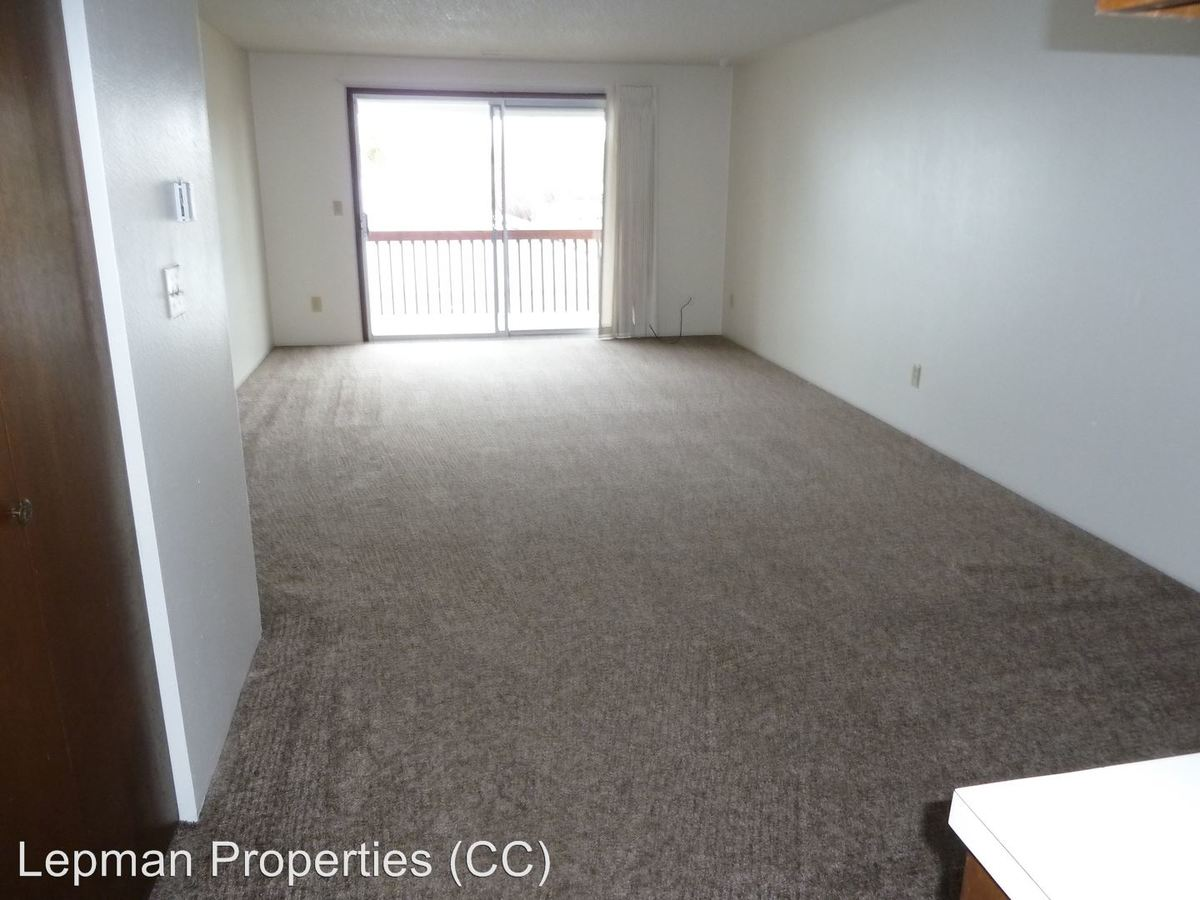 2 Bedrooms 1 Bathroom Apartment for rent at Springwood Manor 3510 Oak Se in Albany, OR
