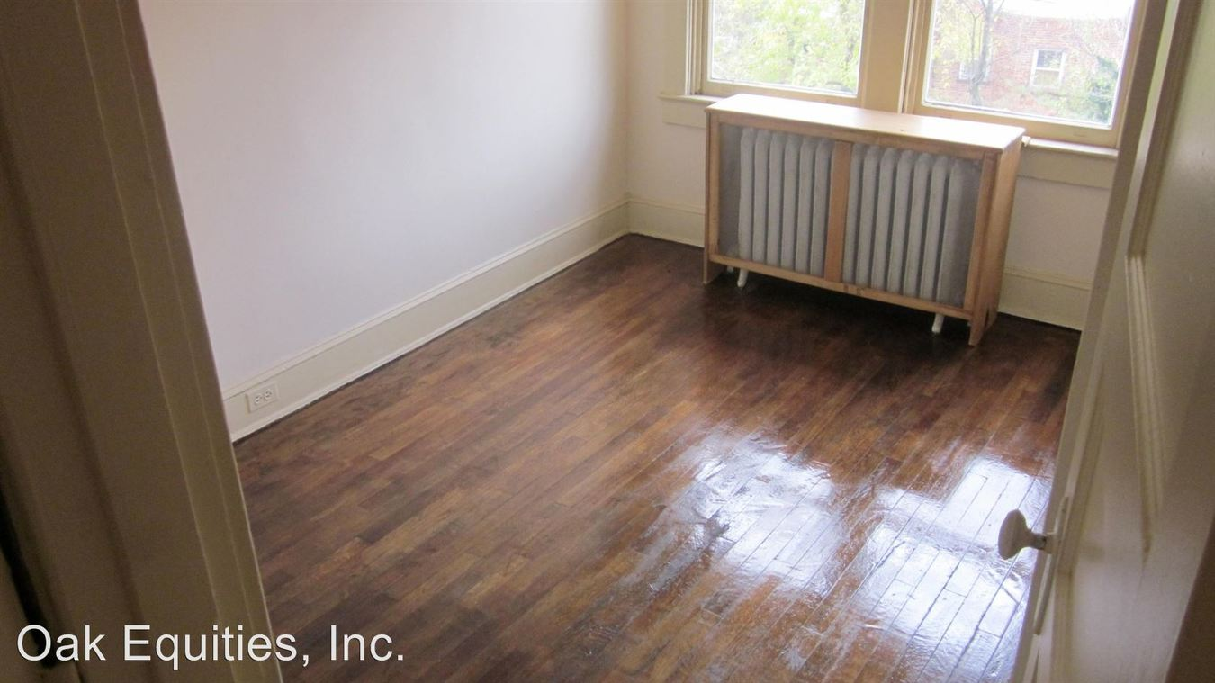 2 Bedrooms 1 Bathroom Apartment for rent at 3801 Macomb Street in Washington, DC
