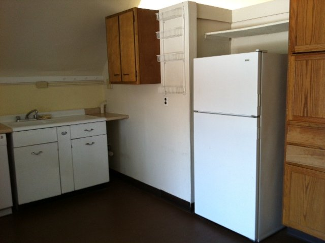 Studio 1 Bathroom Apartment for rent at 2305 North High Street in Columbus, OH