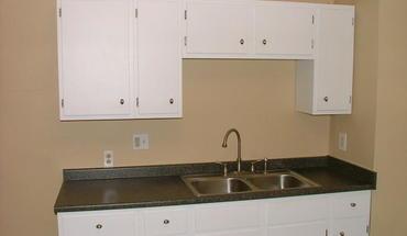 Similar Apartment at 2268 N High Street #2