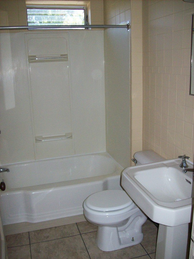 1 Bedroom 1 Bathroom Apartment for rent at 2290 N High Street #2 in Columbus, OH