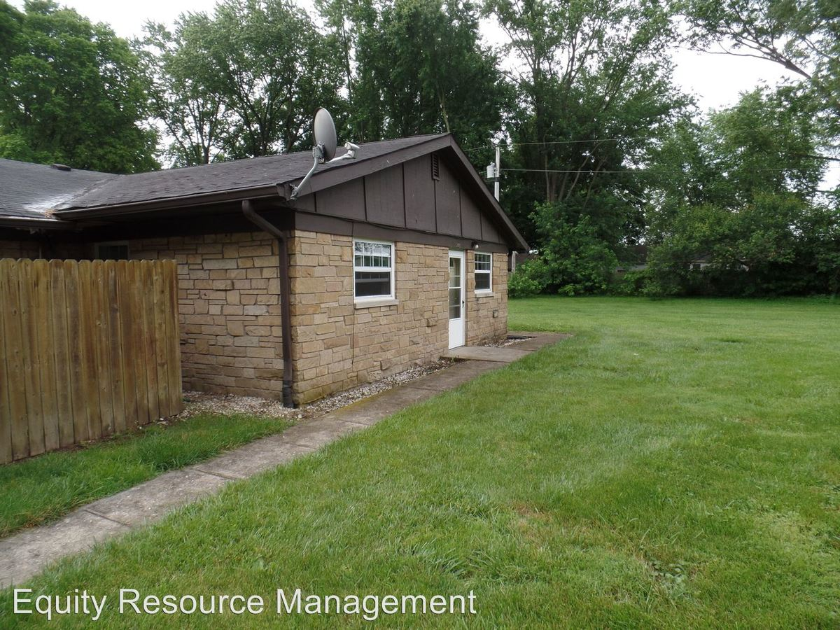 2 Bedrooms 1 Bathroom Apartment for rent at 1501 Franklin Street in Martinsville, IN