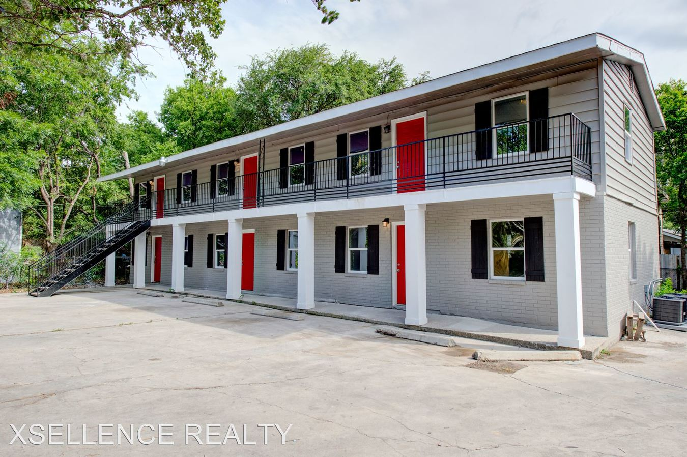 1 Bedroom 1 Bathroom Apartment for rent at 218 Natalen in San Antonio, TX