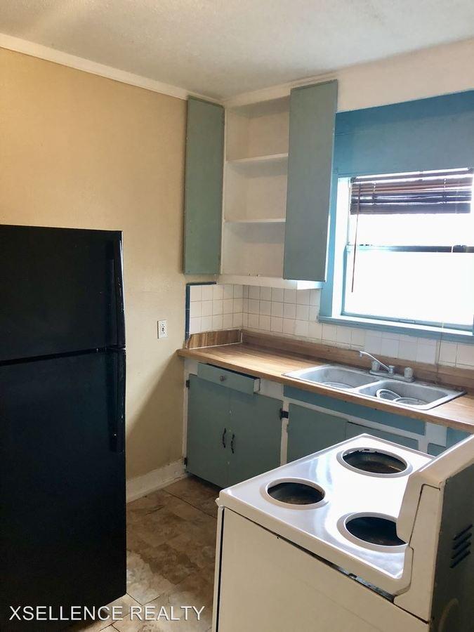 1 Bedroom 1 Bathroom Apartment for rent at 1509 Cupples in San Antonio, TX