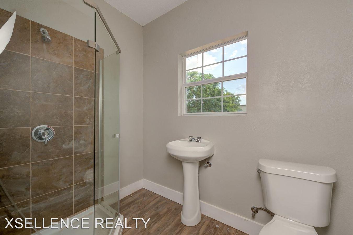 1 Bedroom 1 Bathroom Apartment for rent at 116 Cornell in San Antonio, TX