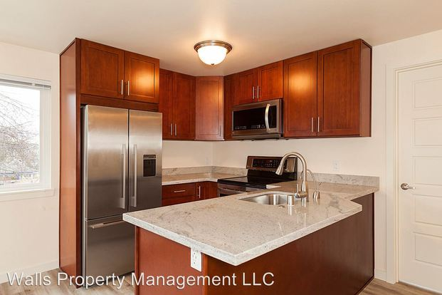 3 Bedrooms 2 Bathrooms Apartment for rent at 7522 24th Ave Nw in Seattle, WA