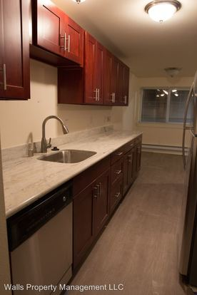 1 Bedroom 1 Bathroom Apartment for rent at 2501 Thorndyke Ave W. in Seattle, WA