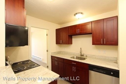 2 Bedrooms 1 Bathroom Apartment for rent at 2501 Thorndyke Ave W. in Seattle, WA