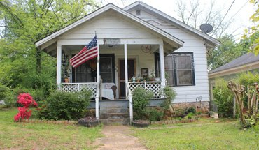 1357 W. Hancock Apartment for rent in Athens, GA