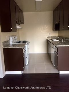 2 Bedrooms 2 Bathrooms Apartment for rent at 21323 Lemarsh Street in Chatsworth, CA