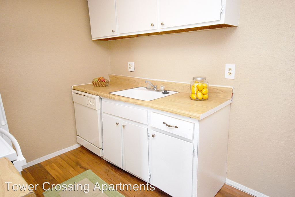 2 Bedrooms 2 Bathrooms Apartment for rent at 4404 S 109th E Ave in Tulsa, OK