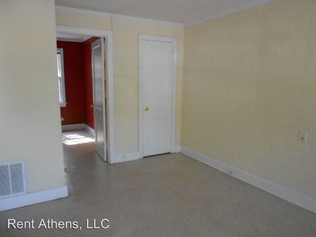 1 Bedroom 1 Bathroom Apartment for rent at 325 S. Harris Street 36 Units in Athens, GA