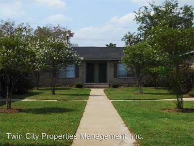 2 Bedrooms 1 Bathroom Apartment for rent at 106-112 B Hardy St in Bryan, TX