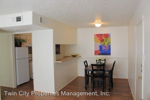 2 Bedrooms 1 Bathroom Apartment for rent at 500 East 31st St in Bryan, TX