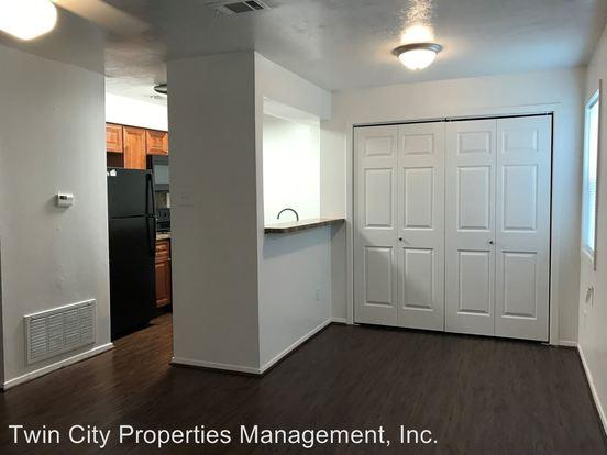 2 Bedrooms 1 Bathroom Apartment for rent at 2509 Pecan Ridge in Bryan, TX