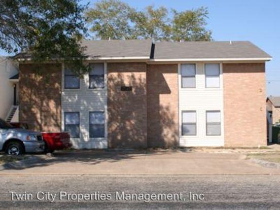 2 Bedrooms 1 Bathroom Apartment for rent at 2511 Pecan Ridge in Bryan, TX