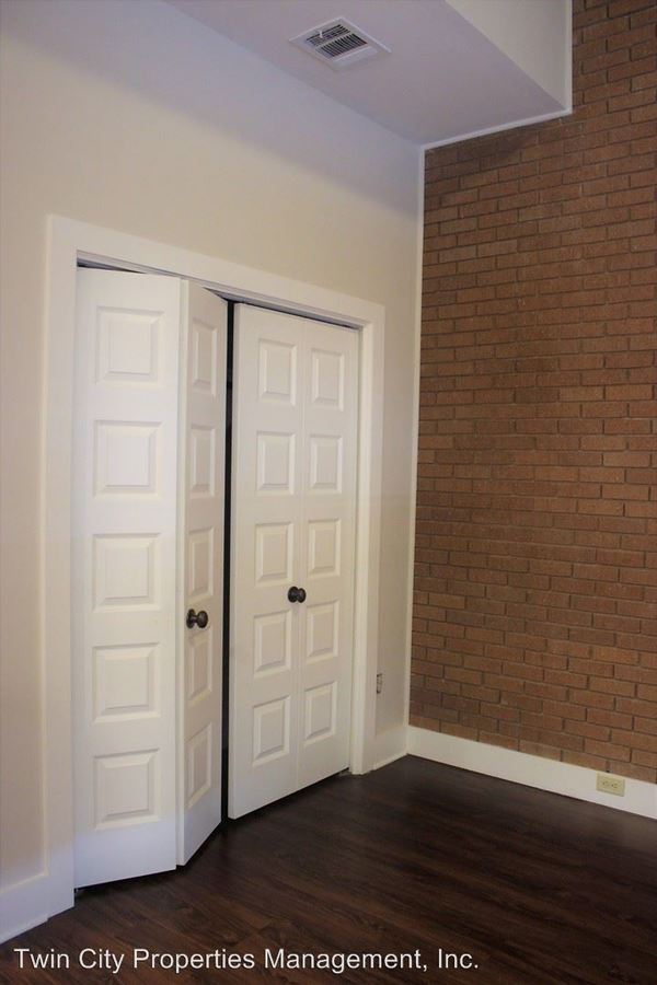 1 Bedroom 1 Bathroom Apartment for rent at 2402 Broadmoor Drive in Bryan, TX