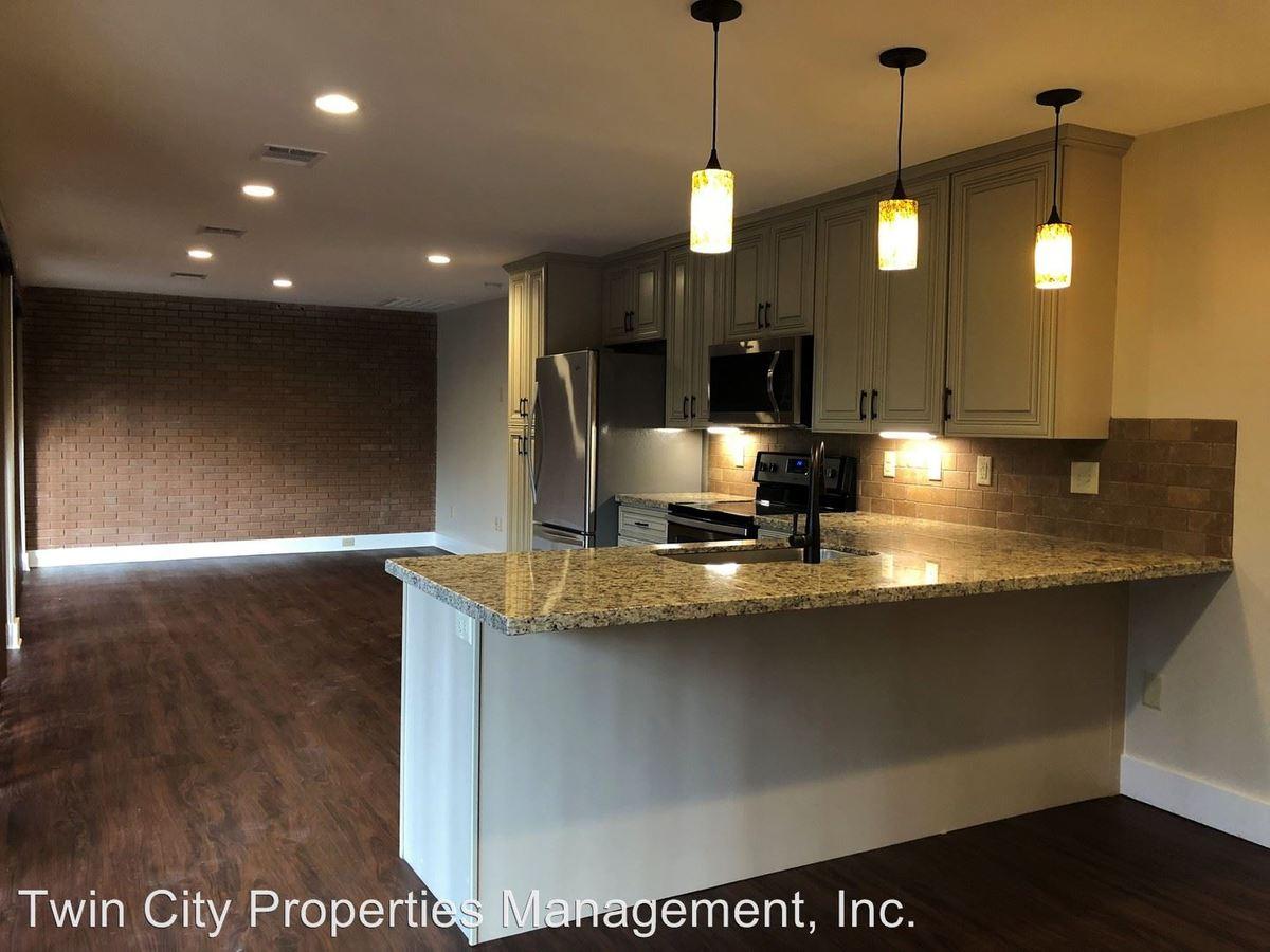 2 Bedrooms 2 Bathrooms Apartment for rent at 2402 Broadmoor Drive in Bryan, TX