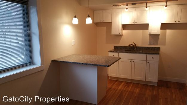 1 Bedroom 1 Bathroom Apartment for rent at 1639 N Farwell Ave in Milwaukee, WI